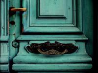 Mit lehet az elvetemedett ajtóval kezdeni?