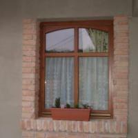 Ablakfelújítás – Szép az osztott ablak és nem jelent kockázatot sem