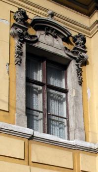 Ablakfelújítás – Konzervált régi ablakok