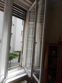 Ablakfelújítás – Miért potyog ki a gitt a régi ablakokból? I